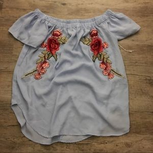 Tops - Off shoulder blouse